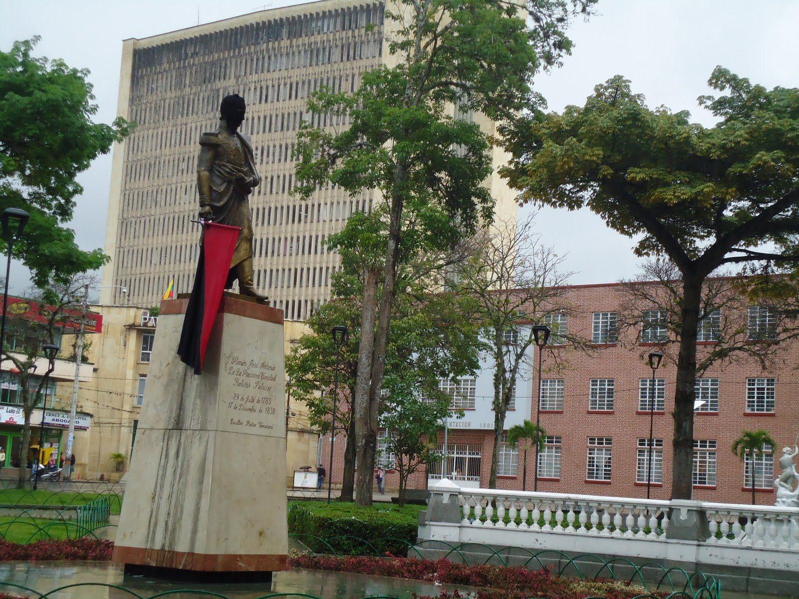 Plaza de Bolivar-Colegio La Presentación