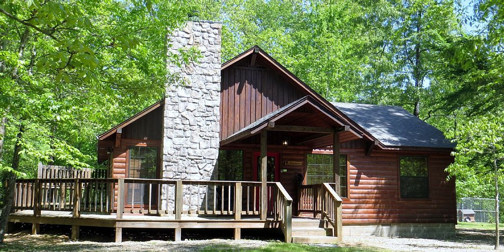 Cabin vacation rental in Broken Bow, OK, USA from