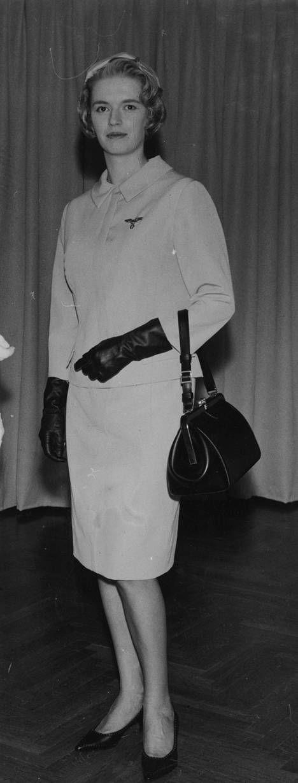 Flyvertinnene elegant dress fra 60-tallet.