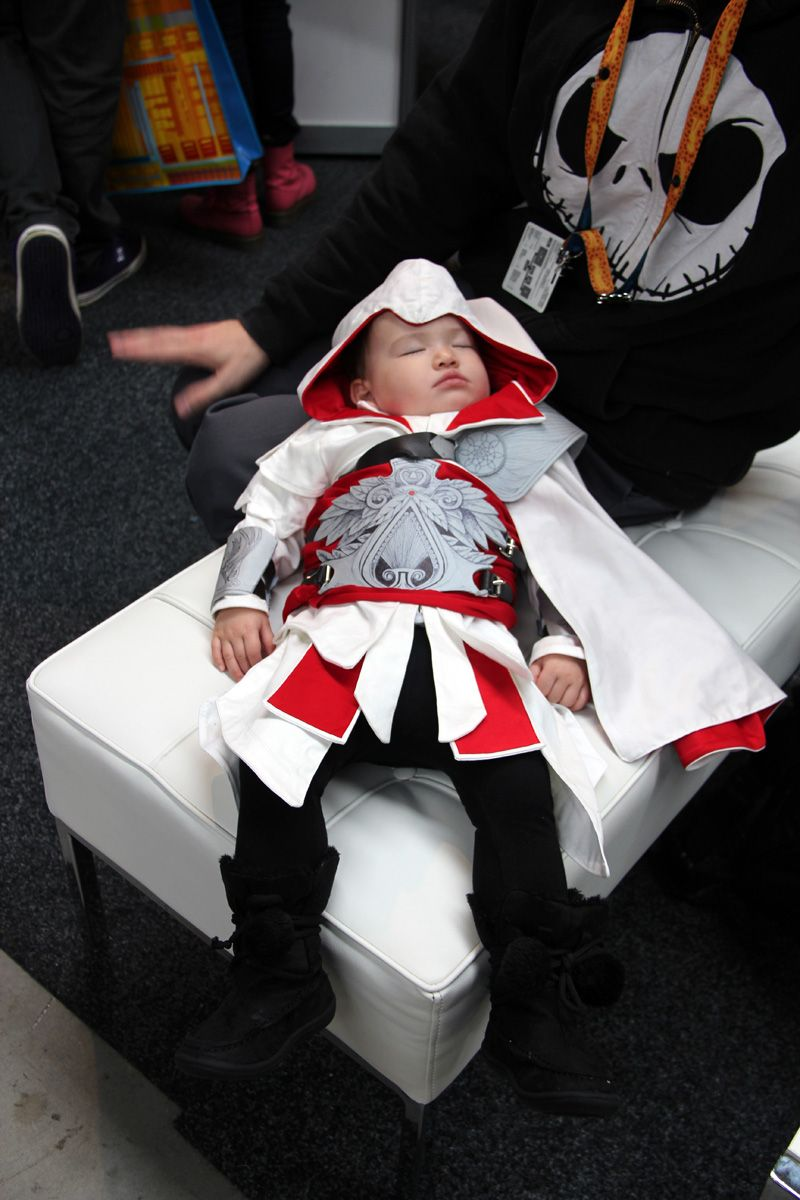Boo's 1st PAX Assassins creed cosplay, Baby cosplay