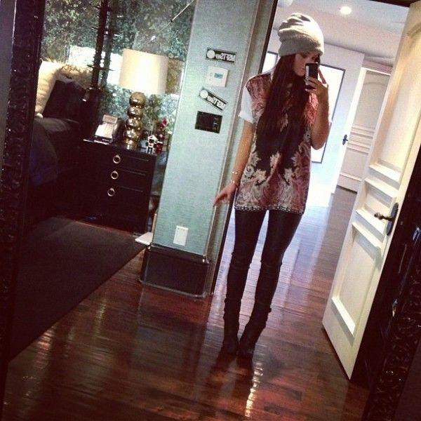 Kendall Jenner U0026 Kylie Jenner   Official Website: Photos, Videos, News U0026  Gossip
