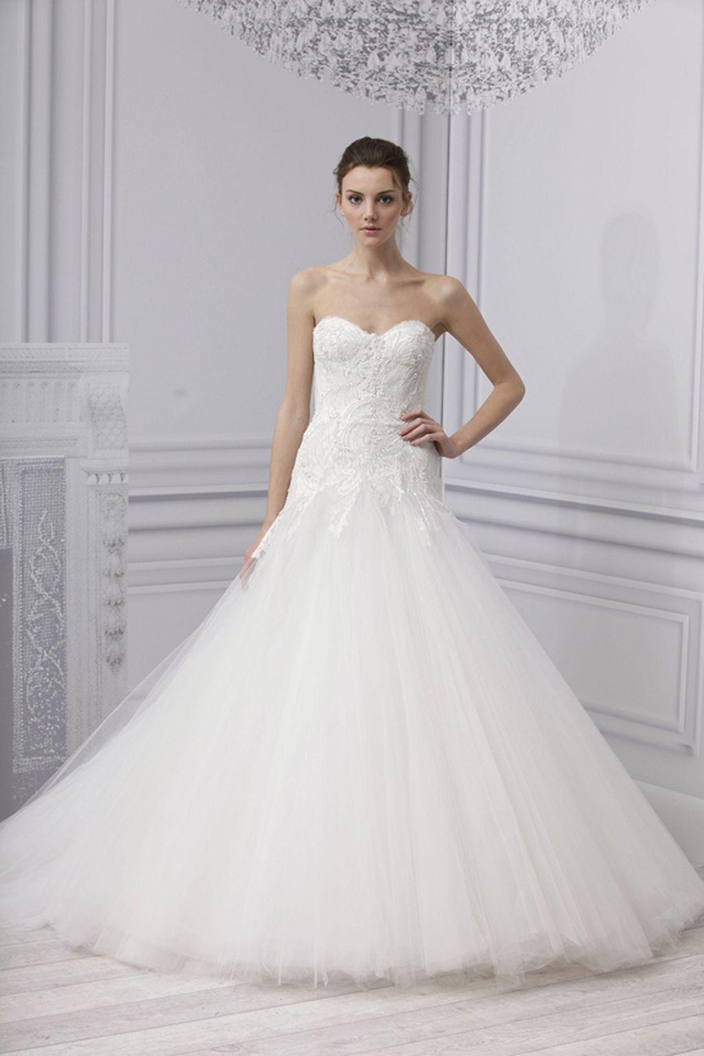Modern vintage wedding dresses   Gorgeous Classic Wedding Dress  Classic weddings Dress attire