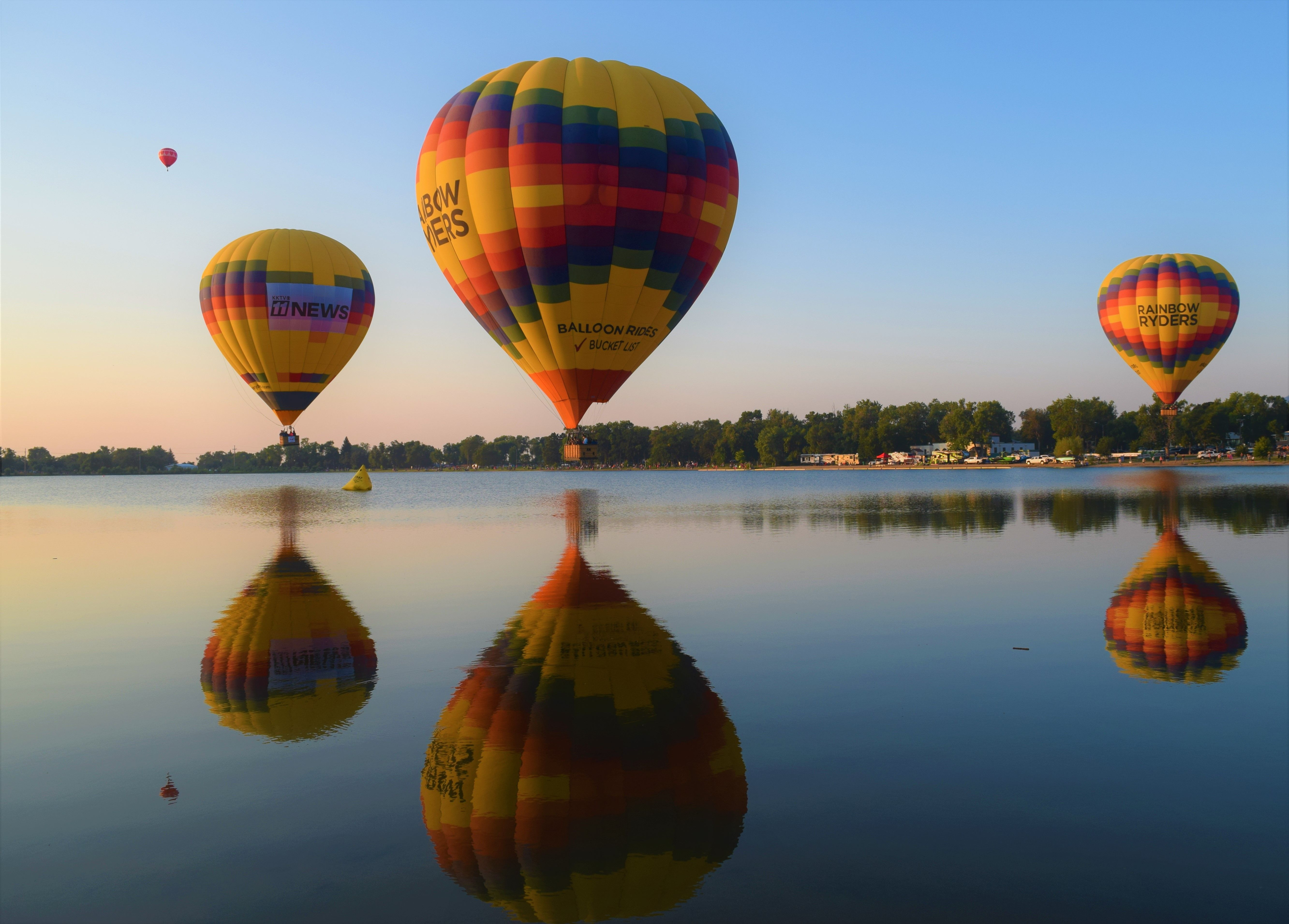 Hot air balloon fest in colorado springs labor day lift