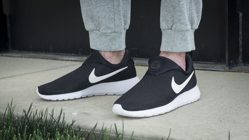 The perfect intersection of simplicity and style, the Nike Roshe Run just  got simpler. A shoe design inspired by the simplicity of