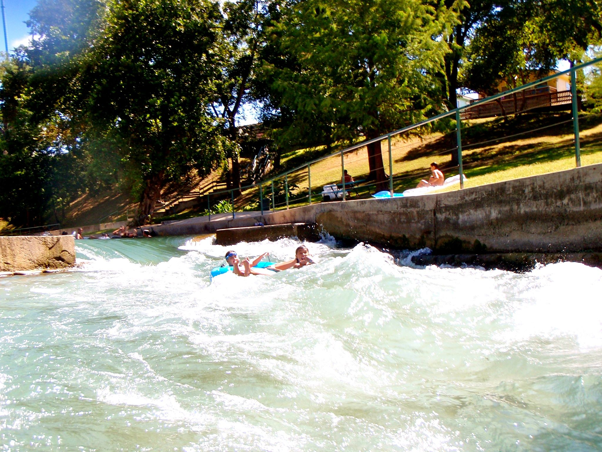 New braunfels river tubing / Columbus in usa