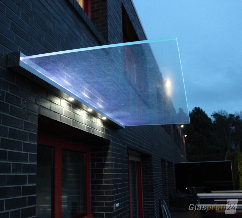 Vordach Dura mit Beleuchtung 3 Spots im Profil und