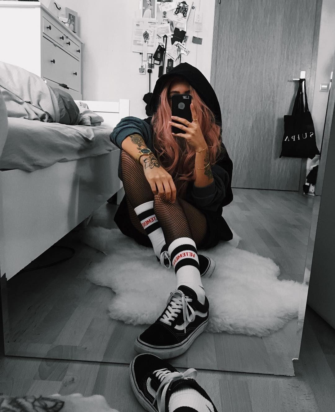 Pin Em Female Niggaz Style