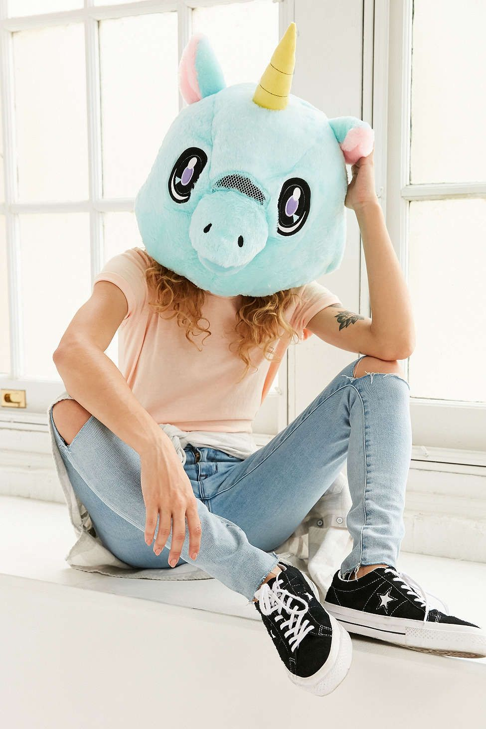 Giant Unicorn Head | Unicorn head, Unicorns and Urban outfitters
