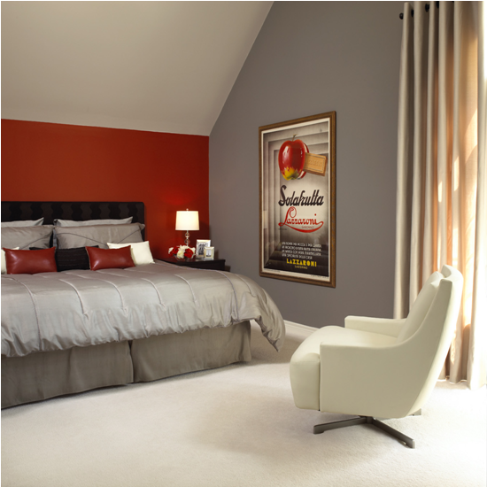 Metropolis Cc 546 And Boulevard Cc 394 Red Was Still A Very Popular Accent Choice In Those First 5 Year Red Bedroom Walls Red Accent Wall Bedroom Bedroom Red