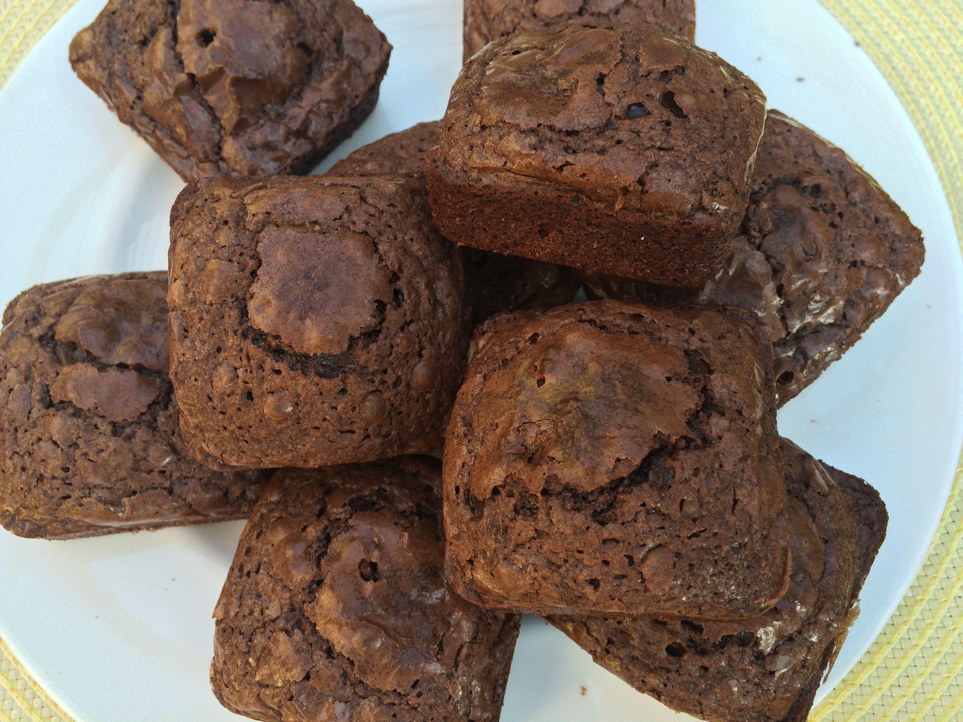 I M Loving My Pampered Chef Brownie Pan Pampered Chef Brownie