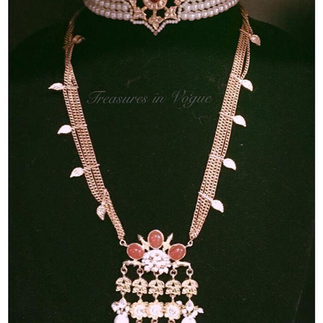 We create fashion handmade jewelry online using the finest materials