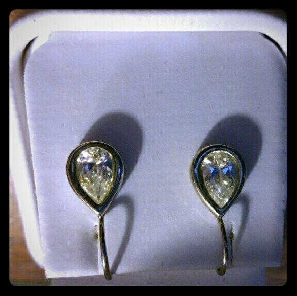 CZ drop earings.  Very beautiful! SILVER & CZ Jewelry Earrings