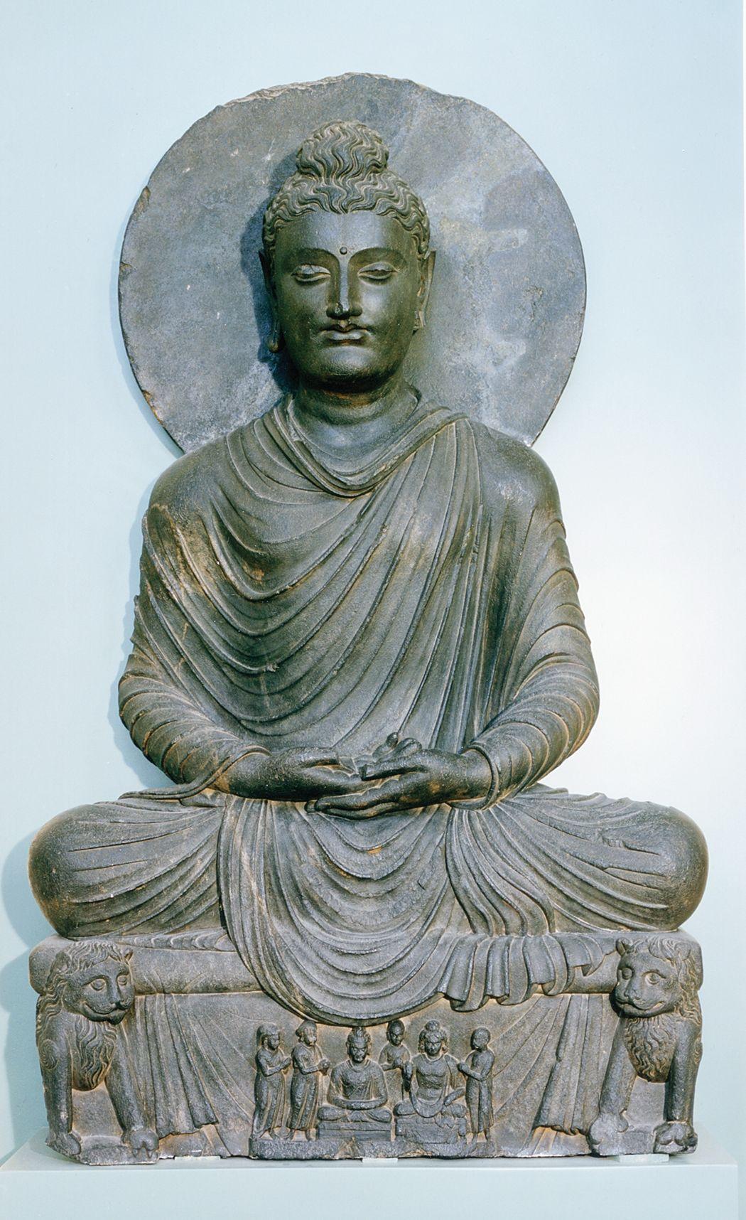 Buddhist Sculpture Meditating Buddha From Gandhara Pakistan Second Century Ce Gray Schist 3 7 1 2 High Royal Scottish Mu Buddhist Art Buddha Buddhist