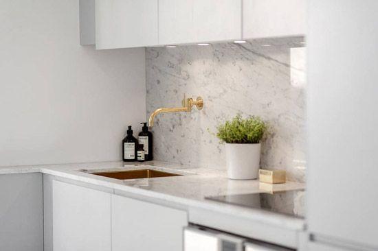 Een kleine woonkamer en keuken in één | Keuken | Pinterest - Kleine ...