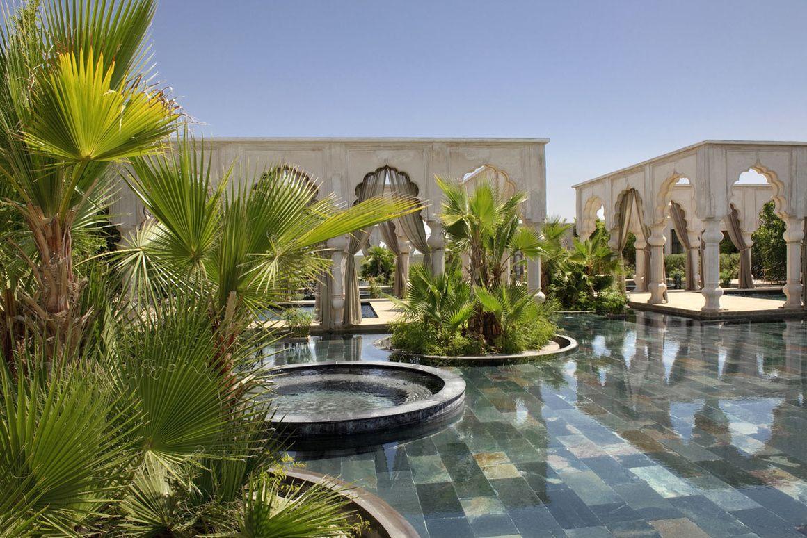 Le Palais Namaskar A Marrakech Jardin Marocain Piscine Et