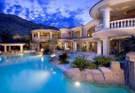 Resultado de imagen para casas de lujo con piscina