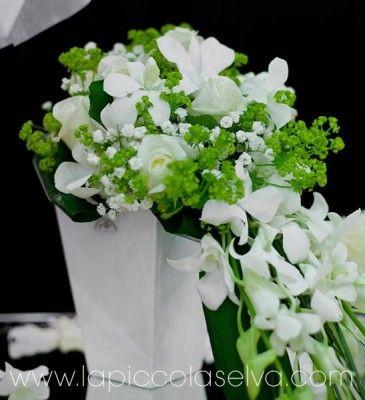 Bouquet Sposa Verde Mela.Matrimonio Verde Mela Matrimonio Bouquet Da Sposa E Verde