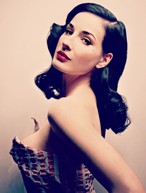 Dita Von Teese Dita von teese makeup, Vintage hairstyles