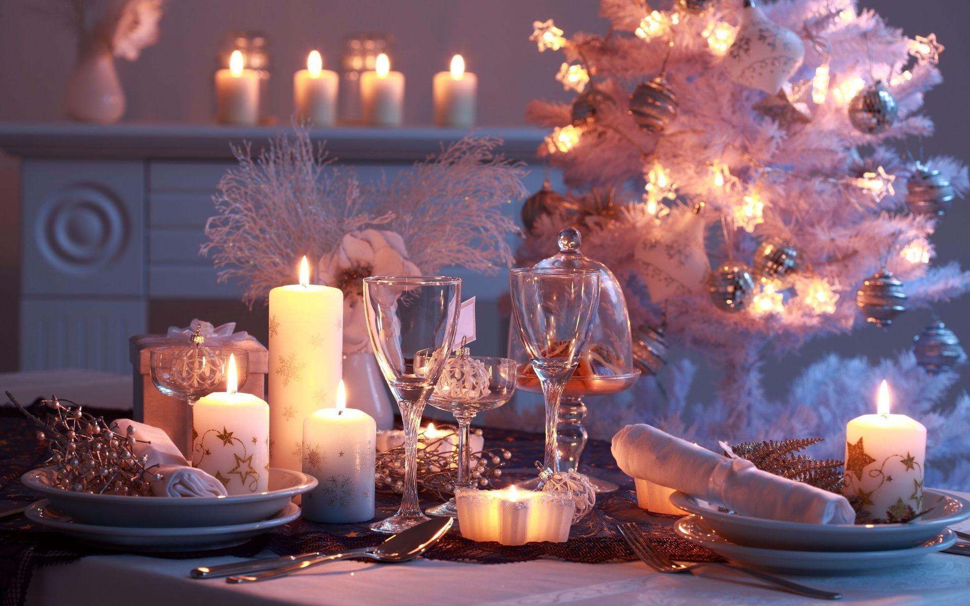 beautiful-holiday-table-setting
