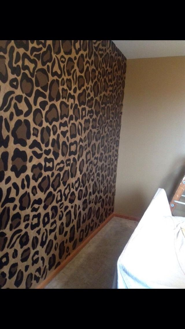 Easy Way To Paint Cheetah Wall In 2019 Bedroom