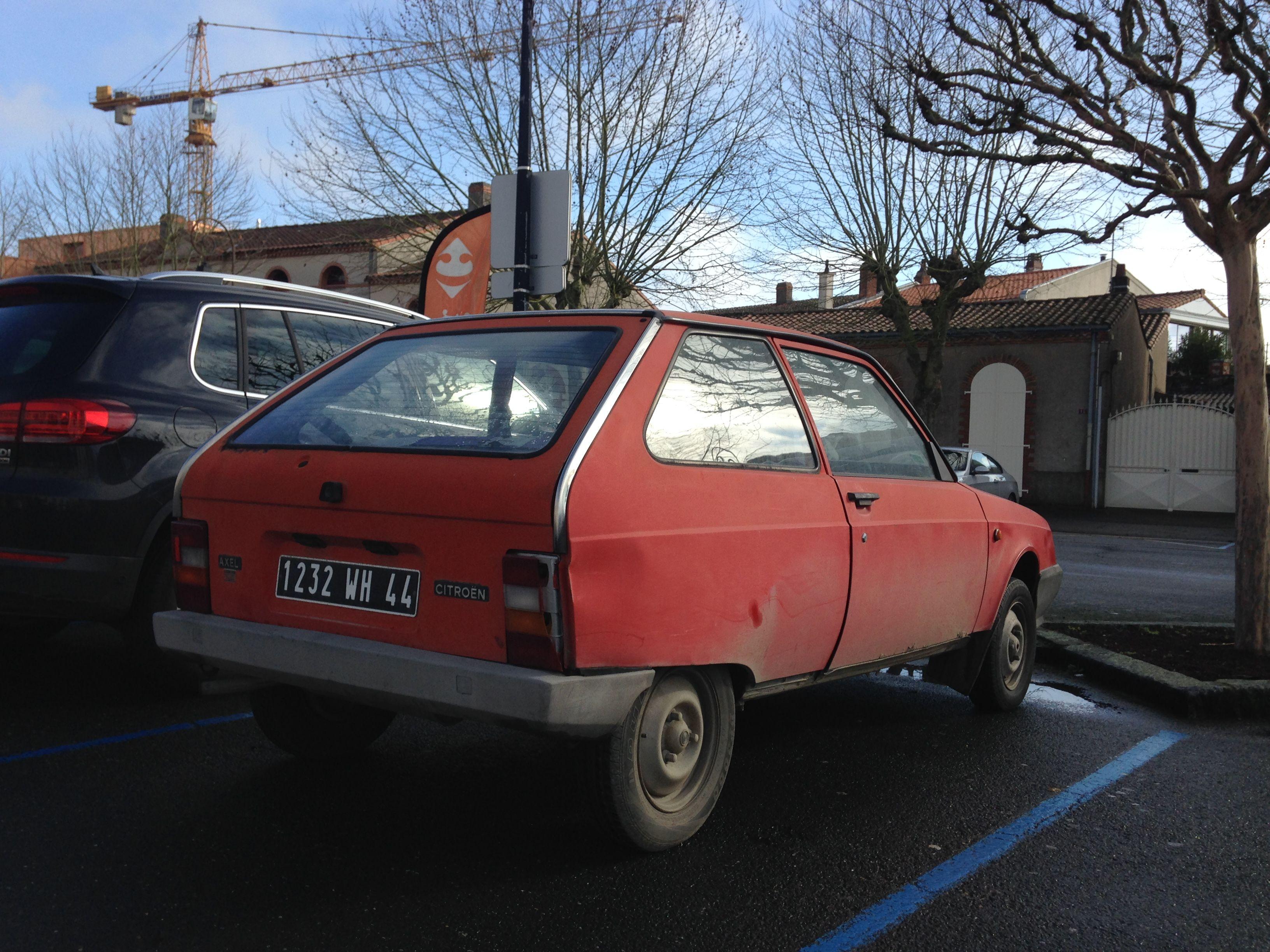 Citro n Axel rouge années 80 plus rare qu une Ferrari