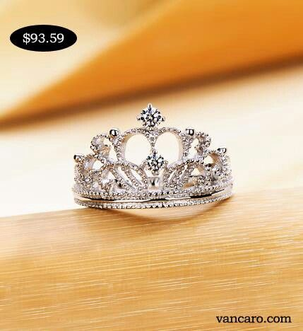Crown ring- looks like something Victoria would have