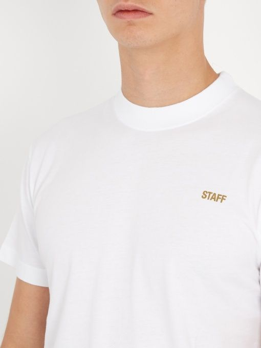Vetements staff cotton t shirt rhysselects pinterest for Vetements basic staff t shirt
