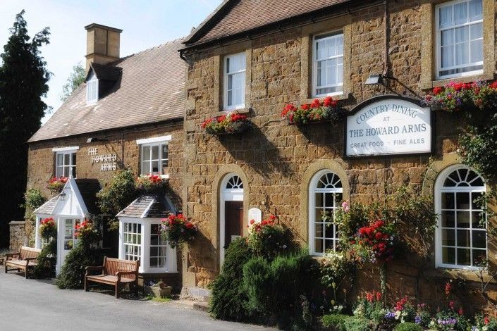 The Howards Arms - Inn (B&B and restaurant) Cotswold region