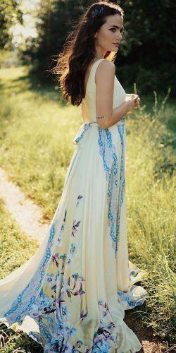 36 hübsche Blumenhochzeitskleider für Bräute | Hochzeit vorwärts