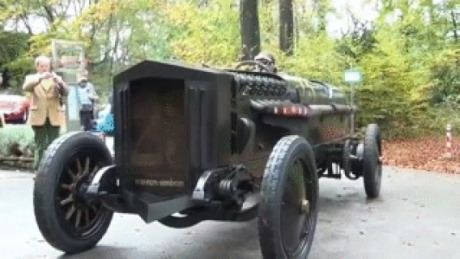 This is Brutus, a car powered by a 42-litre bomber engine. Check more at http://gag.webissimo.biz/this-is-brutus-a-car-powered-by-a-42-litre-bomber-engine/