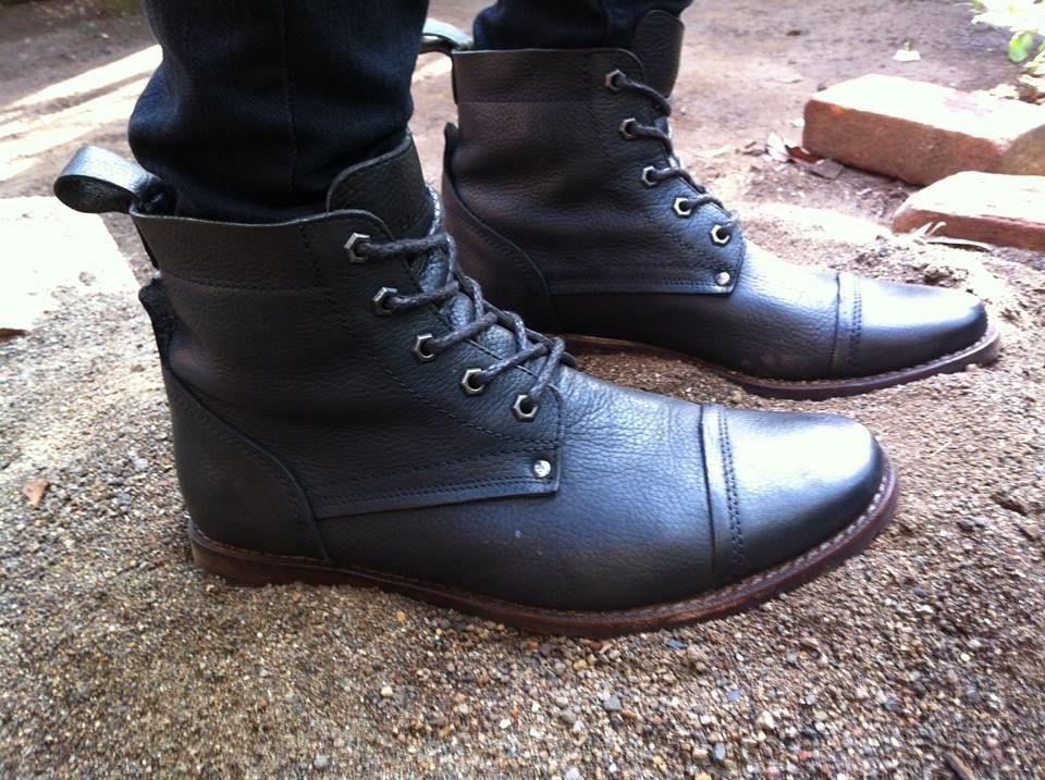 Botas Heartland Footwear gracias a Eduardo GranaTwo de El Salvador vía Facebook.