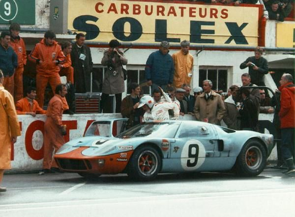 Carroll Shelby The Ford Gt40 Four Yrs Of Domination At Le Mans