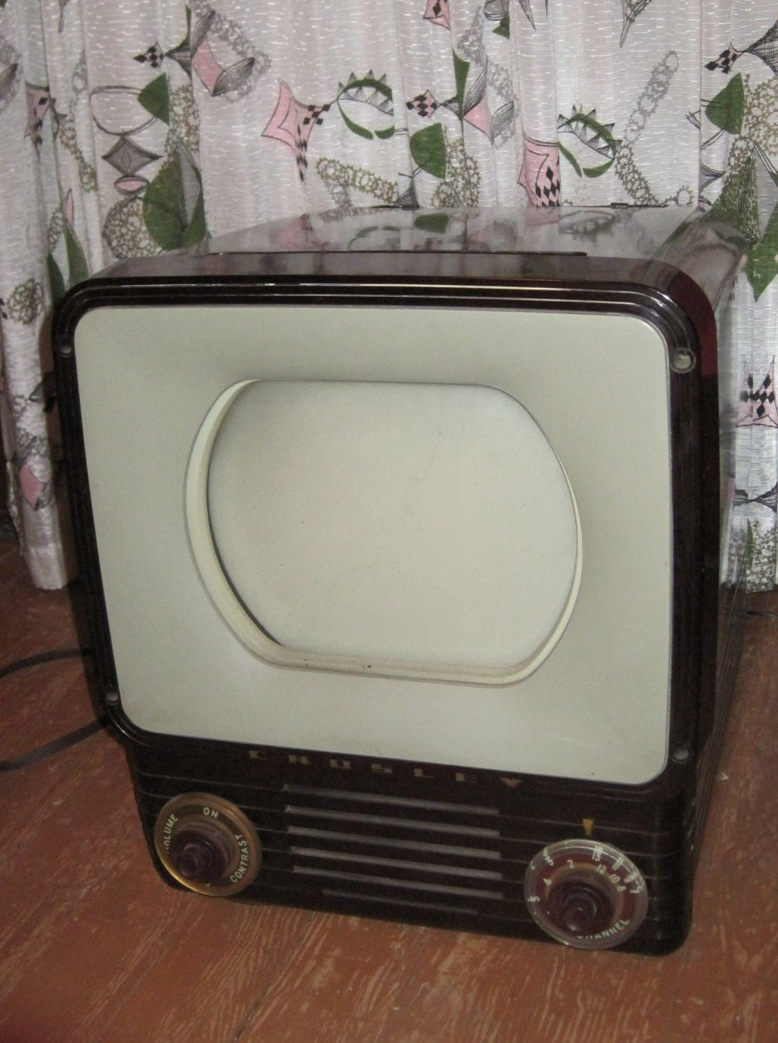 reserved for dave vintage retro crosley brown bakelite tv television