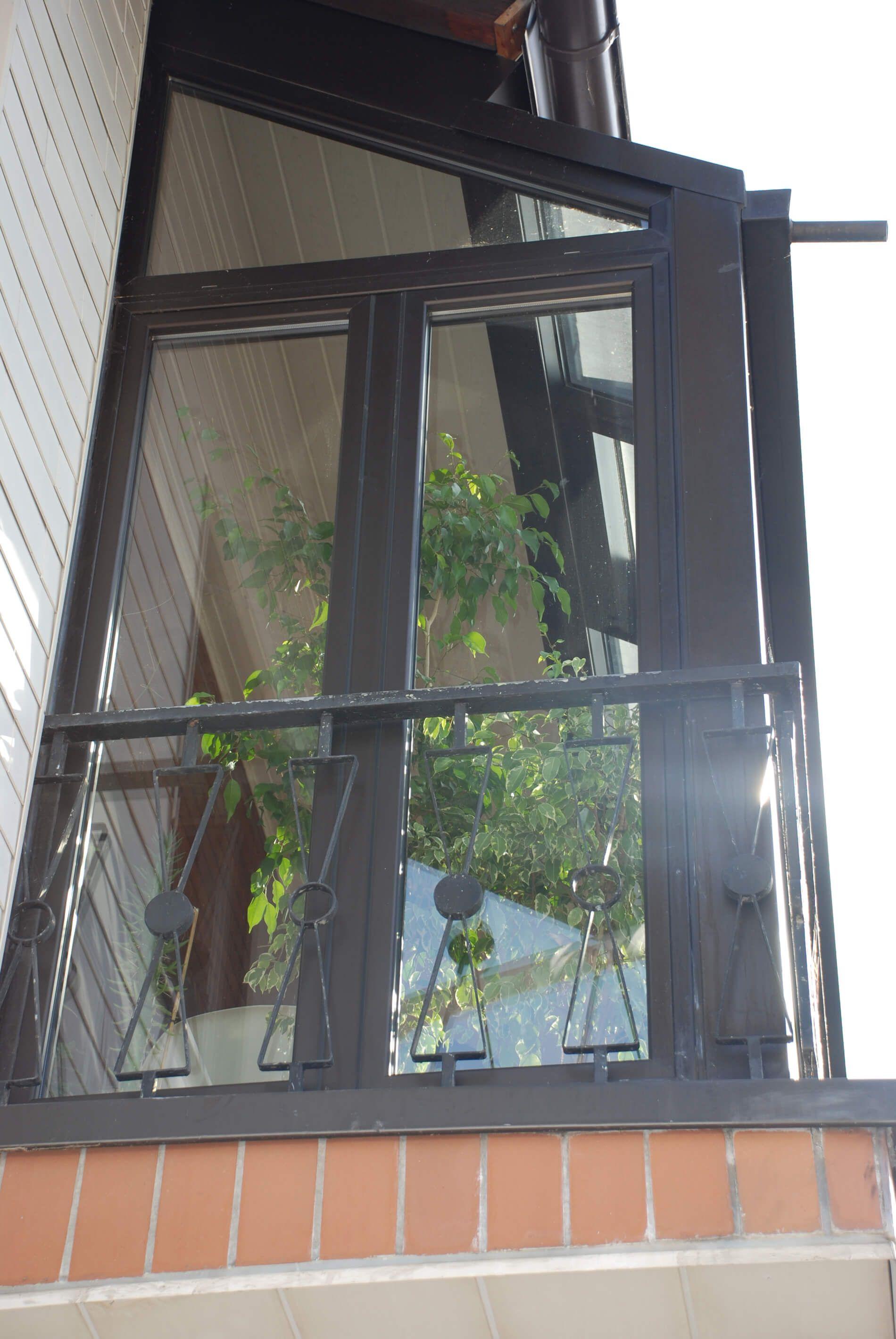 Glasverbau Auf Balkon In 2020 Wintergarten Balkon Und