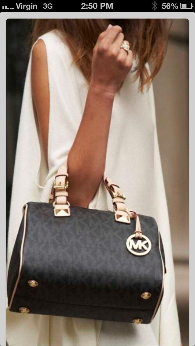 c53429b16b1f Discount Michael Kors handbags online stor!