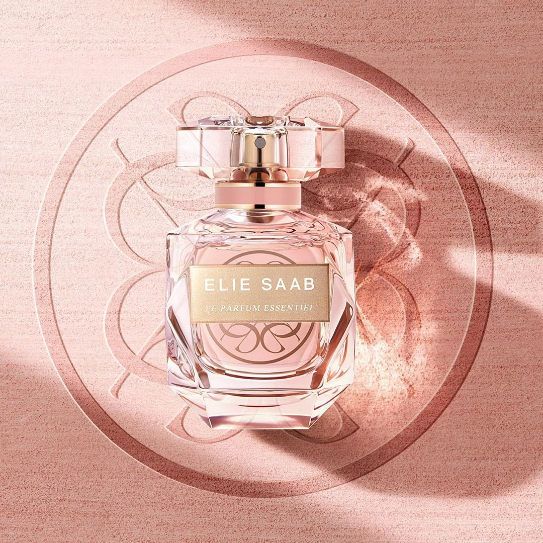 Elie Saab On Instagram Fresh Effervescent Mandarin Sparkles In Its Top Notes Elie Saab Le Parfum Essentiel Leparfum Leparfum Elie Saab Perfume Fragrance