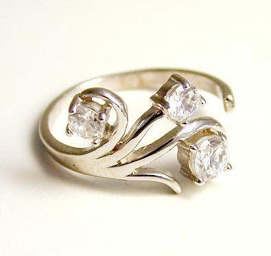 Cubic Zirconia CZ Scroll Toe Ring - JewelryWeb JewelryWeb. $186.50. Save 50%!