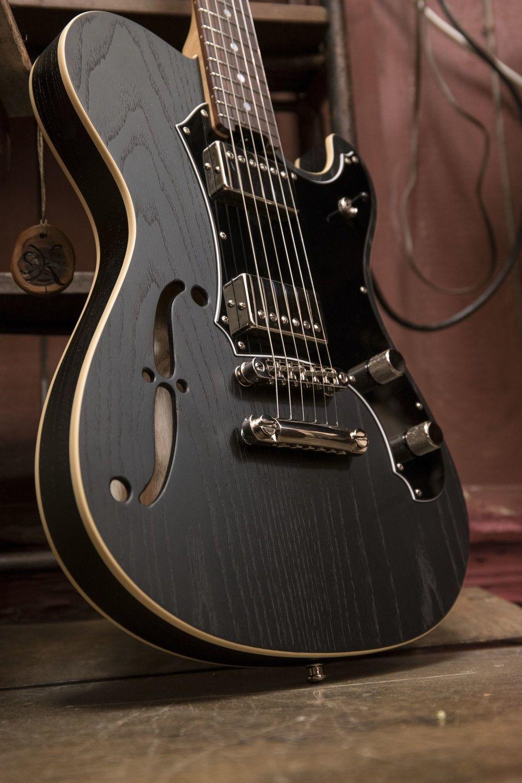 guitare electrique 1000 euros