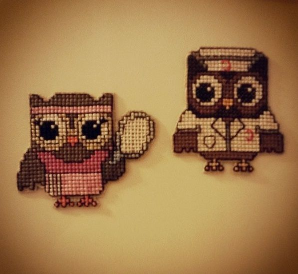 a tennis freak and a decent nurse. a nice decorative magnet for your fridge. #crossstitch