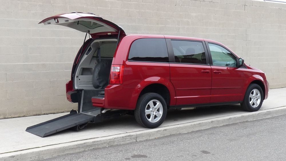 2010 Dodge Grand Caravan Handicap Accessible Van 2010 Handicap