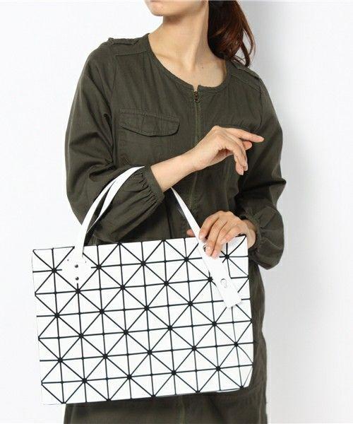 Issey Miyake BAO BAO Tote bag BILBAO ROCK BASICS Zip Top White JAPAN 71aa02eb62