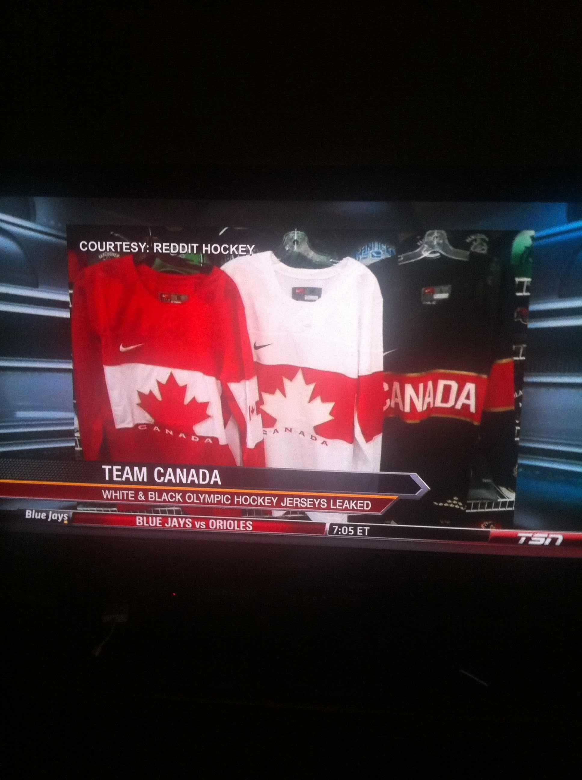 Hockey jerseys credited to Reddit hockey
