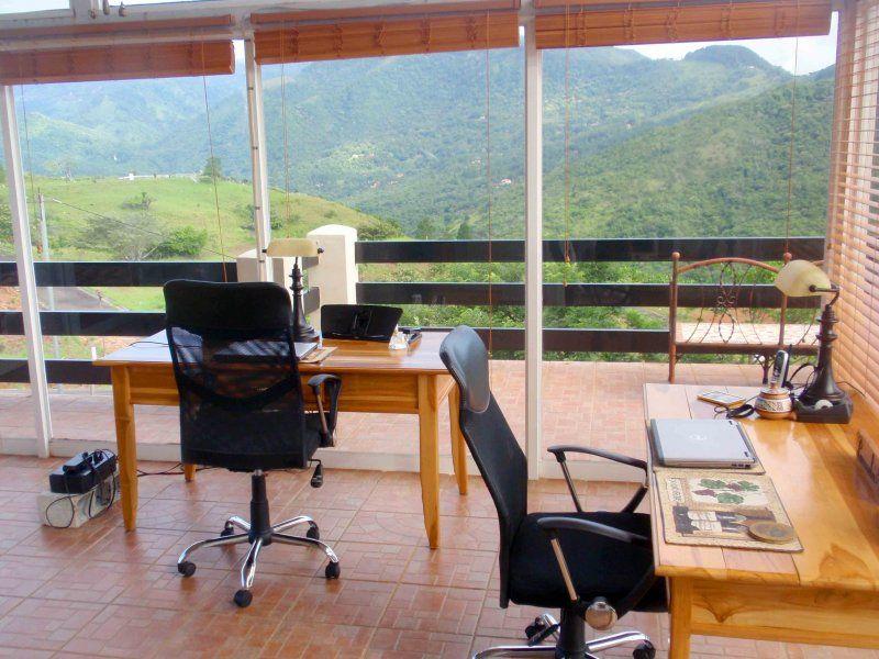 i.office-hobby-room-20131202.JPG (800×600)