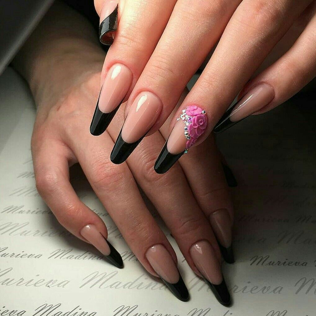 French manicure black tips long nail bed 👌❤ | Чёрные | Pinterest ...