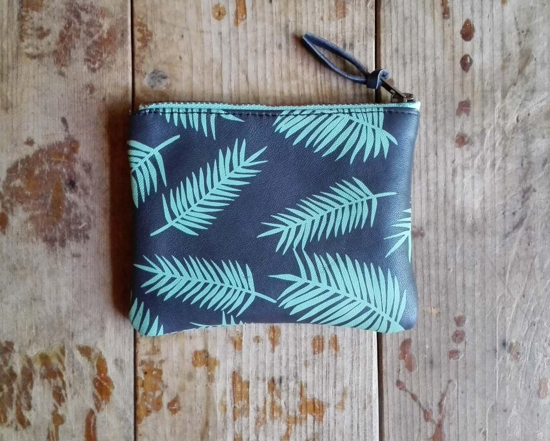 Kentia purse _ Aquamarine or graphite leather / kishboo