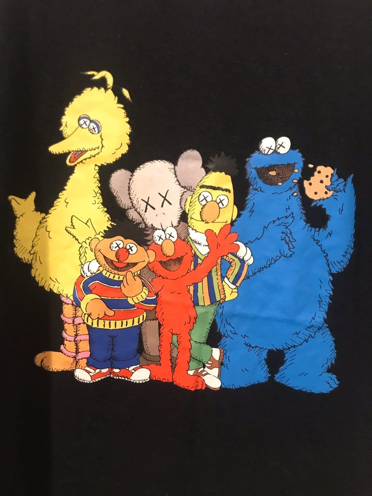 Kaws Sesame Street T Shirt Size Xl On Mercari Kaws Wallpaper Cartoon Wallpaper Elmo Wallpaper
