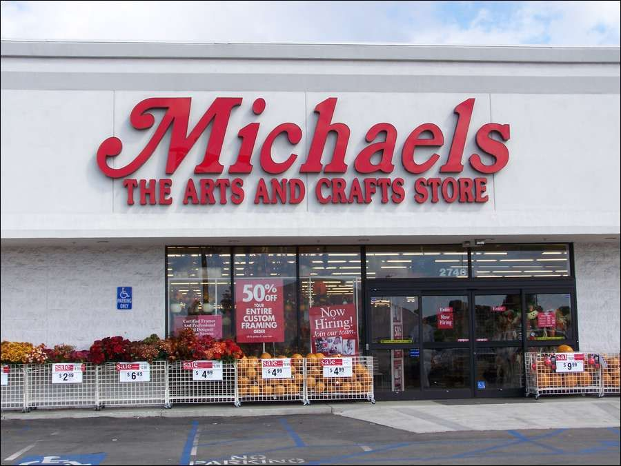 Michaels Best Places To Shop Holiday Crafts For Kids Michael