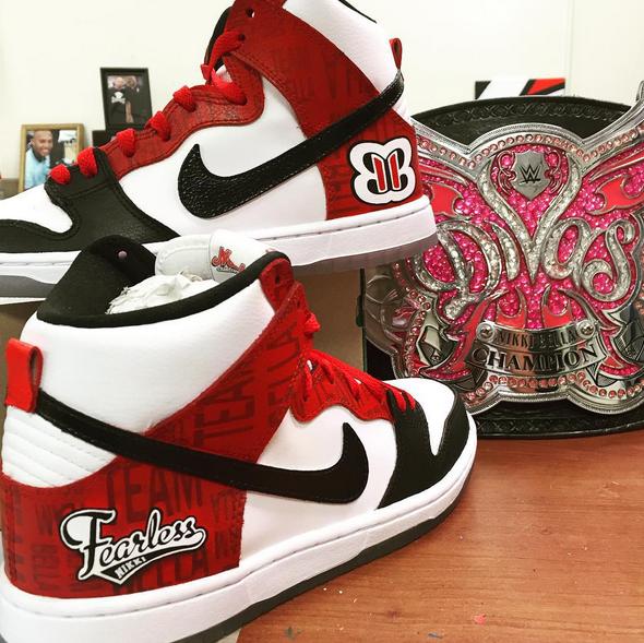 buy popular 8f2ca 08c47 Nikki Bella Nike Dunk Custom by Mache for SummerSlam 2015   Complex