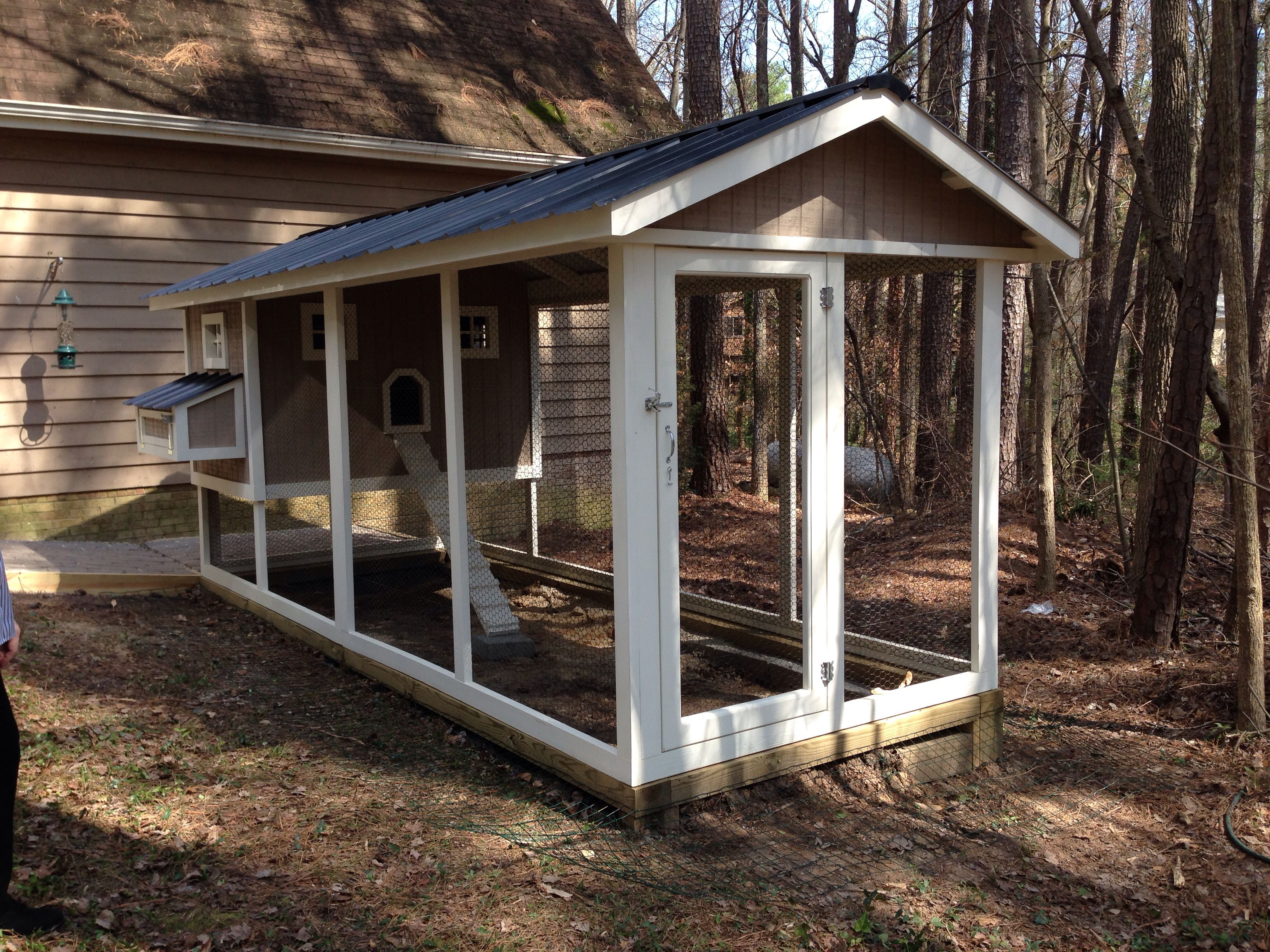 Another 6 39 x16 39 penthouse chicken coop with 4x6 henhouse for 4x6 chicken coop