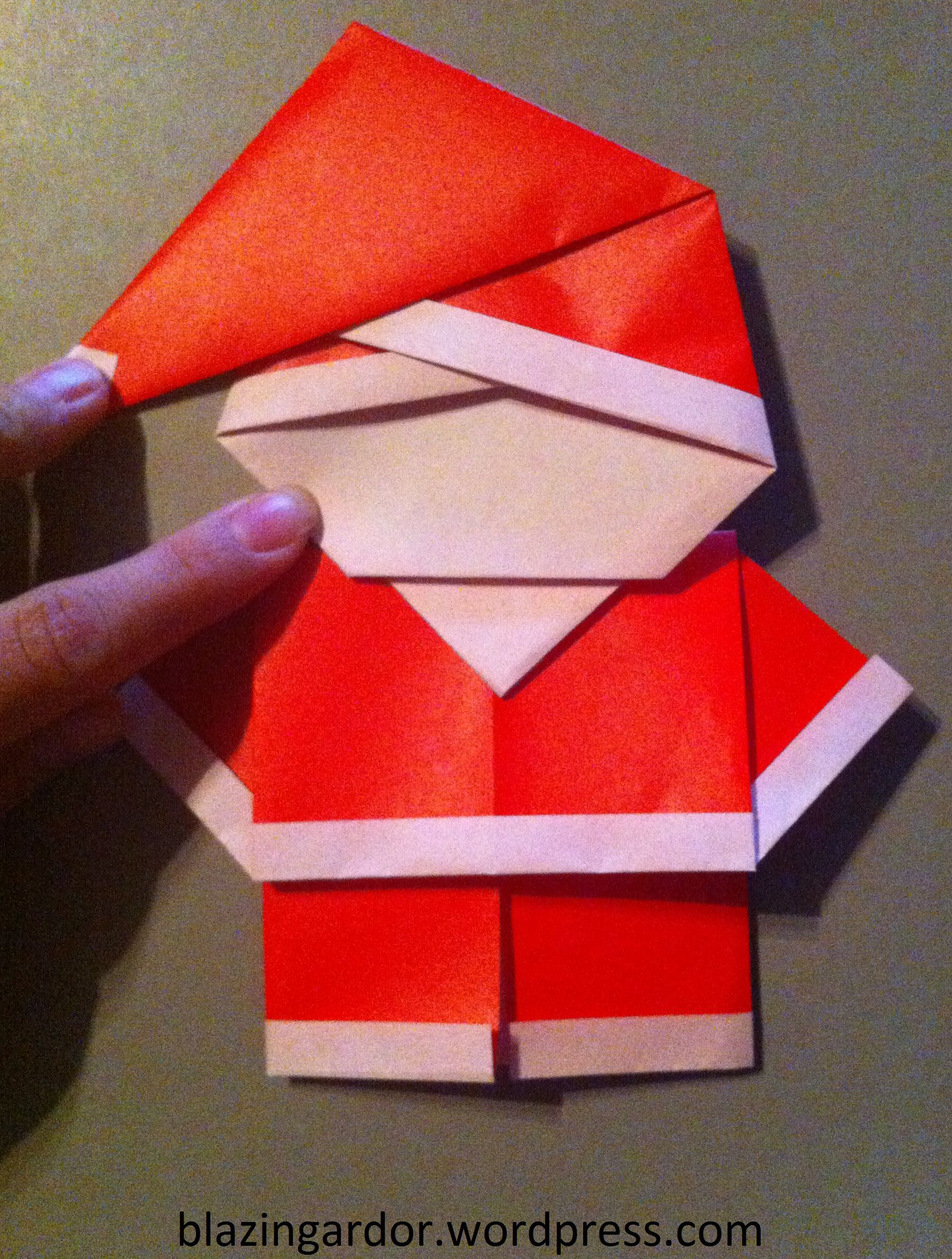 Origami Santa How To Guide Games And Activities Pinterest - Origami-papa-noel